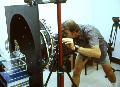 Tom Malzbender imaging a piece from the Antikythera Mechanism
