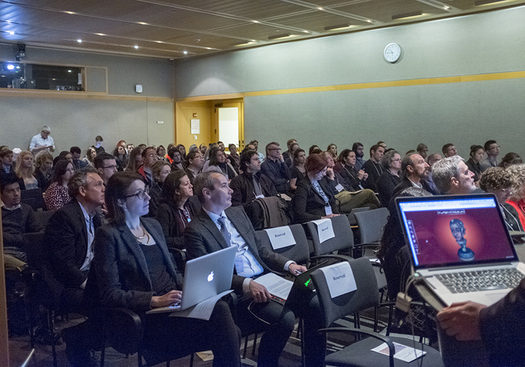 The sold-out crowd at the symposium at The Met
