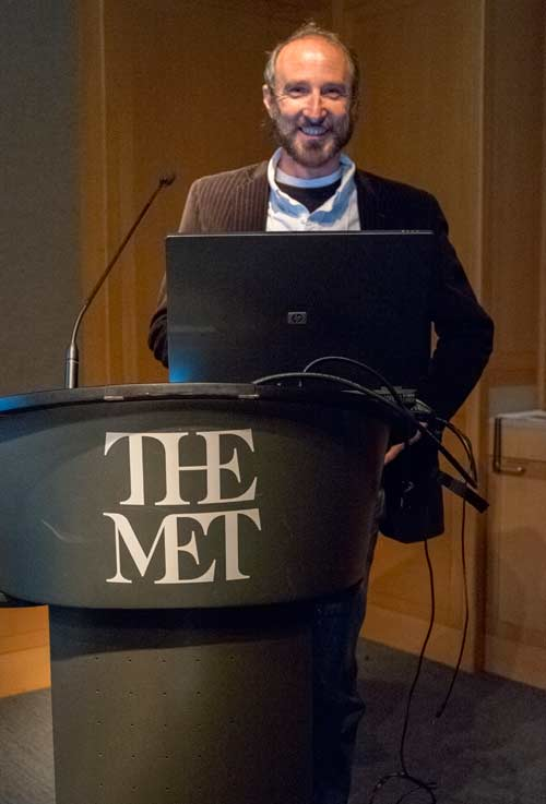 Tom Malzbender, the inventor of RTI, at the podium