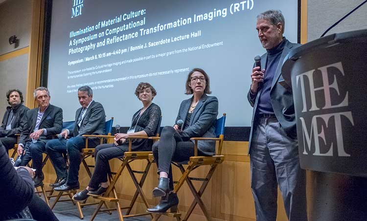 Mark Mudge, President of Cultural Heritage Imaging, leads a panel discussion